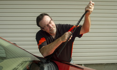 Fixing Common Windshield Wiper Problems - Robbins Nissan Blog