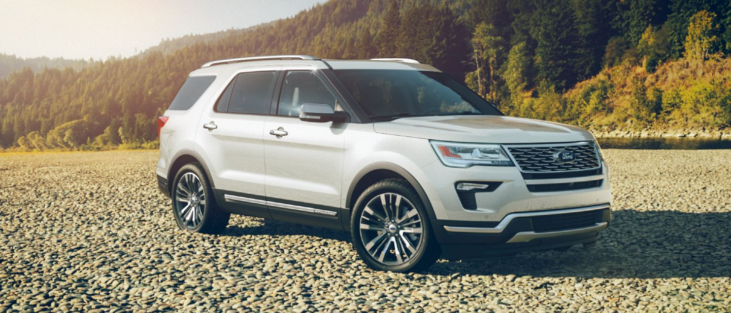2018 ford explorer white platinum exterior color