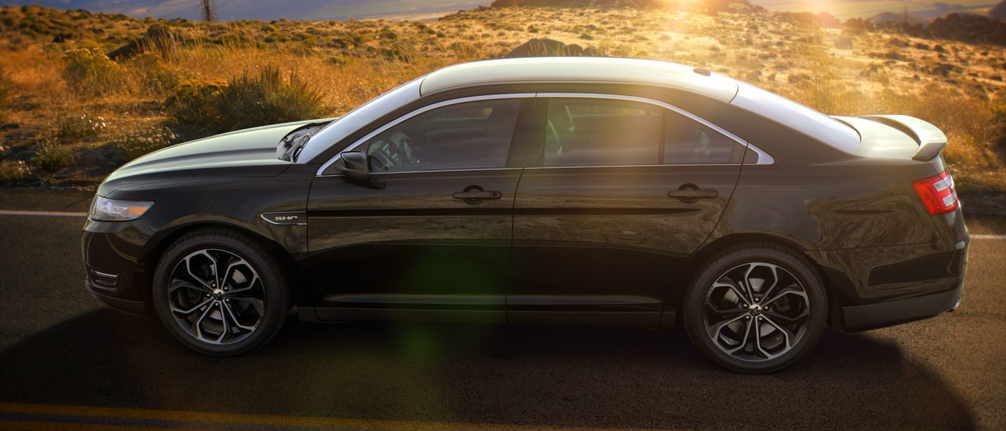 2018 Ford Taurus Shadow Black Exterior Color