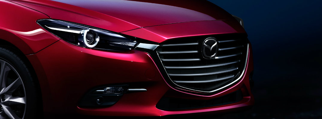 Does the 2017 Mazda3 hatchback come with SKYACTIV® TECHNOLOGY?
