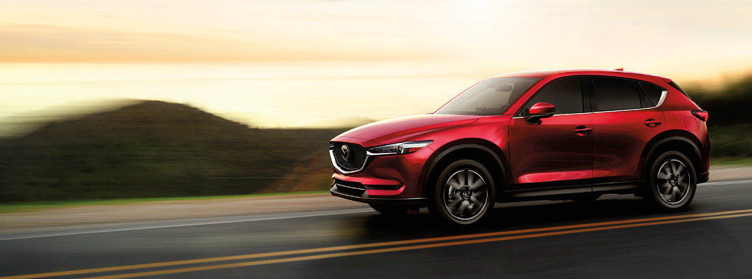 Does the 2017 Mazda CX-5 come with a moonroof?