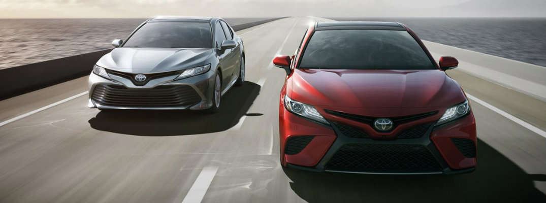 2018 Toyota Camry fuel economy and maximum highway driving range