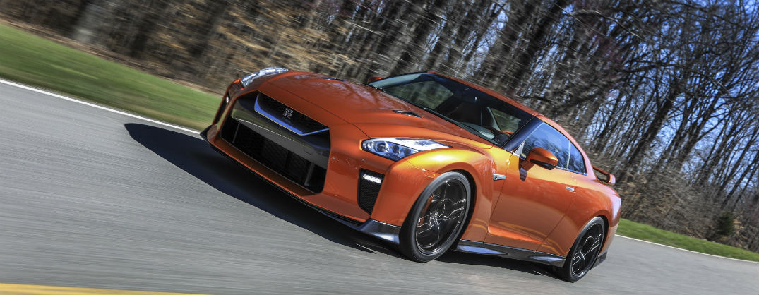 2017 Nissan GT-R Specs And Updates