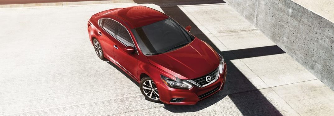 2018 Nissan Altima exterior in red