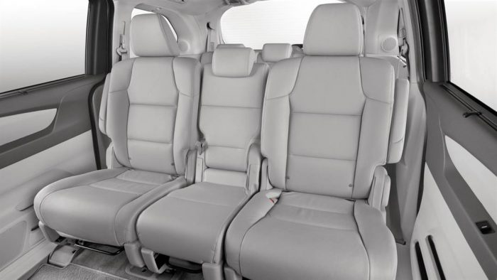 how many passengers does the honda odyssey seat. Black Bedroom Furniture Sets. Home Design Ideas