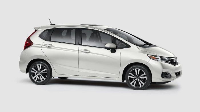 2018 Honda Fit white orchid