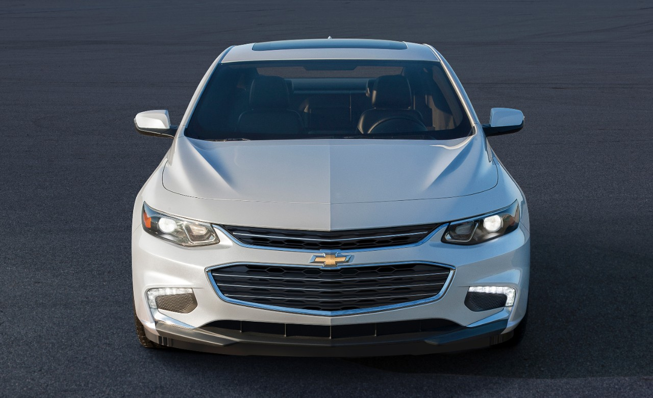 How much lighter is the 2016 Malibu