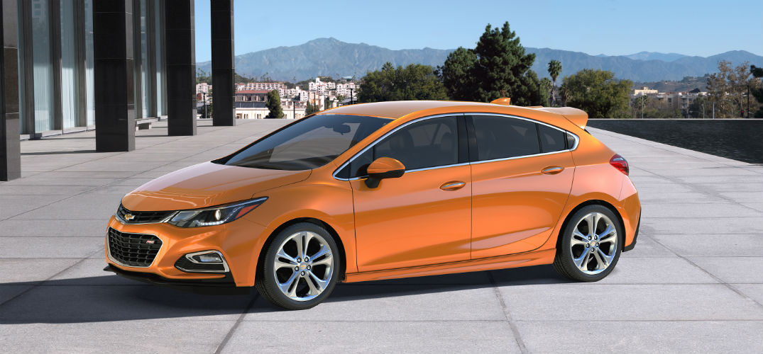 2017 Chevy Cruze Hatch coming to Naperville, IL