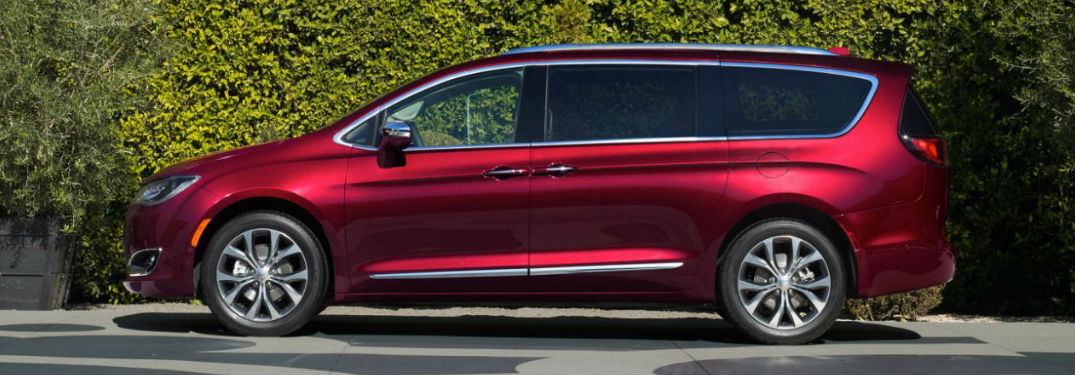 2017 chrysler pacifica new features list. Black Bedroom Furniture Sets. Home Design Ideas