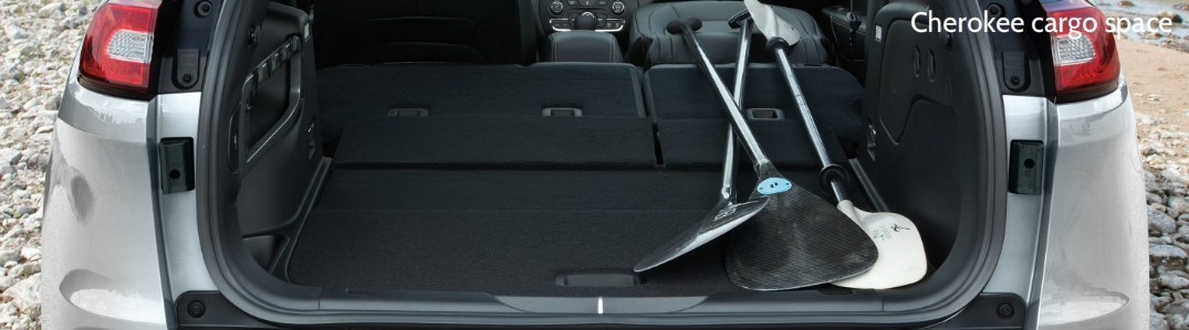 2017 jeep cherokee cargo space