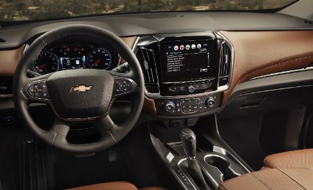 2018 Chevy Traverse dashboard and interior design layout