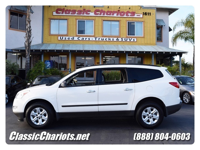 SOLD**2012 Chevrolet Traverse LS - 3rd Row Seating, Beautiful Color ...