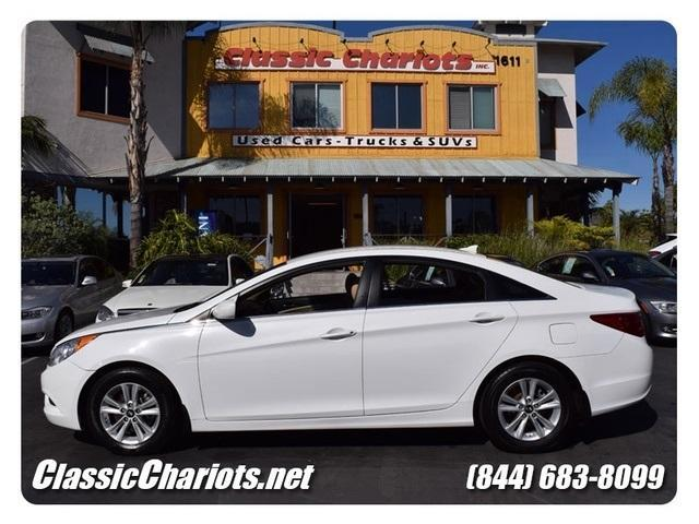 sold 2012 hyundai sonata gls one owner clean history report bluetooth used cars for. Black Bedroom Furniture Sets. Home Design Ideas