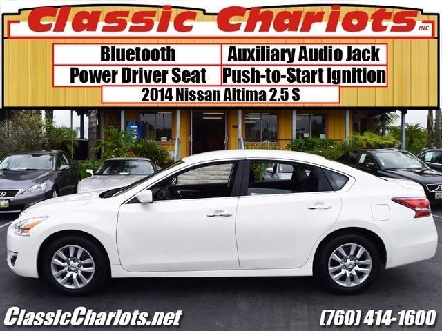 used nissan altima archives classic chariots. Black Bedroom Furniture Sets. Home Design Ideas