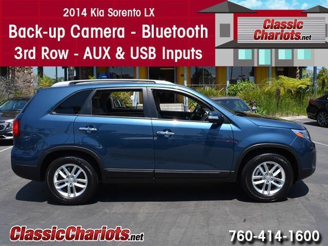 used suv near me 2014 kia sorento lx 7 passenger with back up camera bluetooth and 3rd row. Black Bedroom Furniture Sets. Home Design Ideas