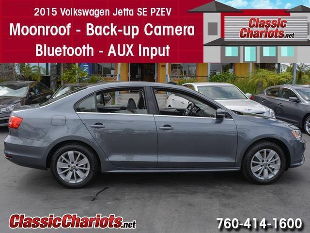sold used cars near me 2015 volkswagen jetta se with moonroof bluetooth and back up. Black Bedroom Furniture Sets. Home Design Ideas