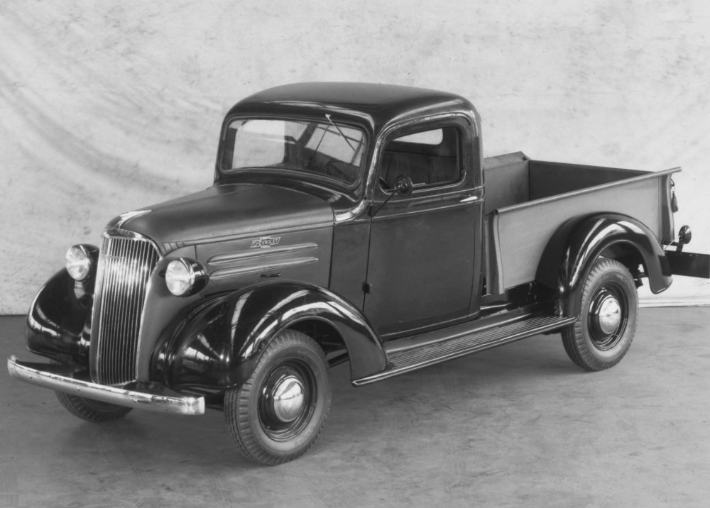 flashback friday chevy trucks today and yesterday craig dunn. Black Bedroom Furniture Sets. Home Design Ideas