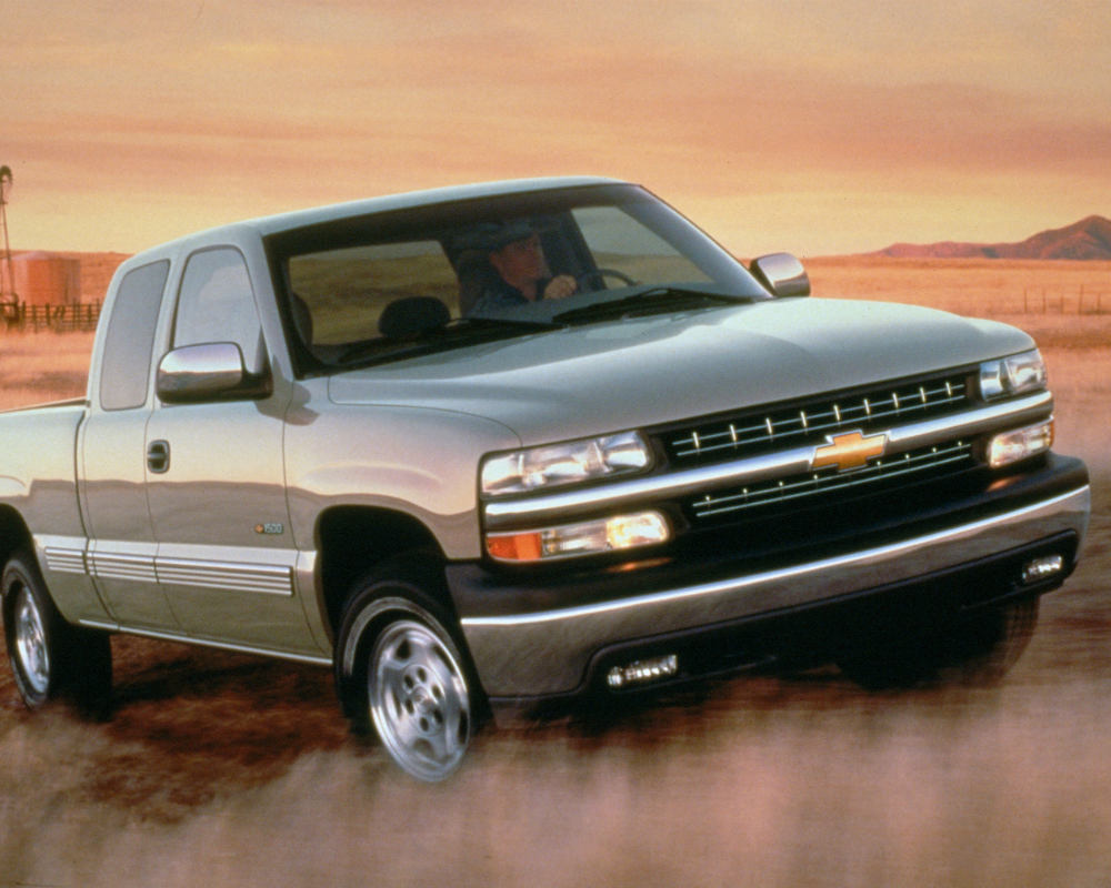 Flashback Friday The History Of Chevrolet Silverado 2007 Chevy 2500hd Fuel Filter 1999 K1500 4x4 Ancestor We Know And Love