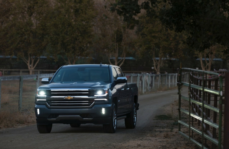 2017 Chevy Silverado exterior color options