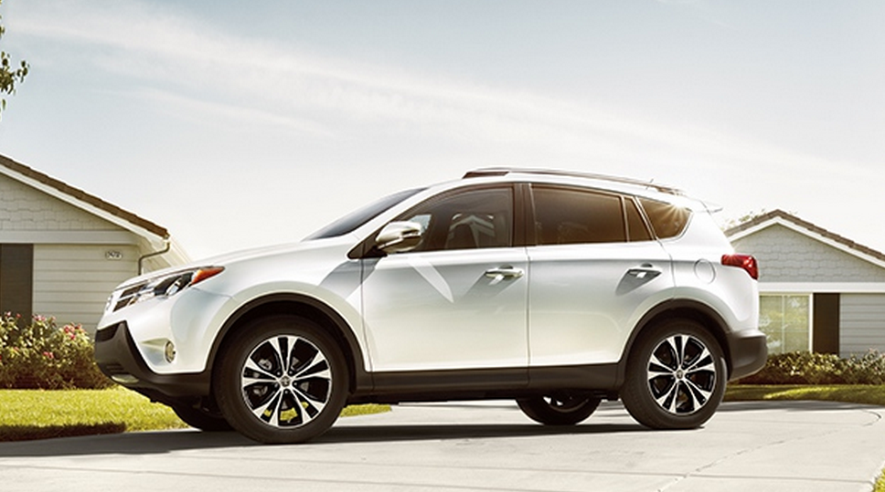 5 things to know about the 2015 rav4 in rhode island. Black Bedroom Furniture Sets. Home Design Ideas
