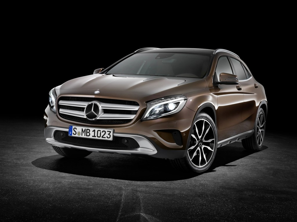 how much will the 2015 mercedes benz gla cost. Black Bedroom Furniture Sets. Home Design Ideas