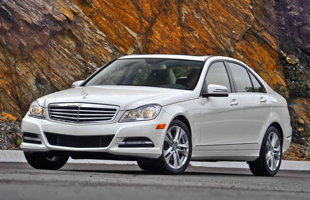 2013 mercedes benz c300 4matic in chicago. Black Bedroom Furniture Sets. Home Design Ideas