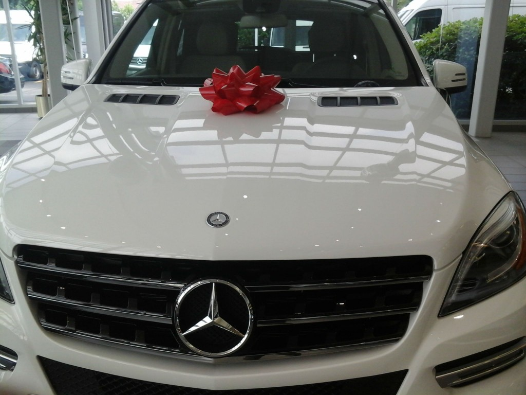 Mercedes benz gifts gift ftempo for Mercedes benz gifts