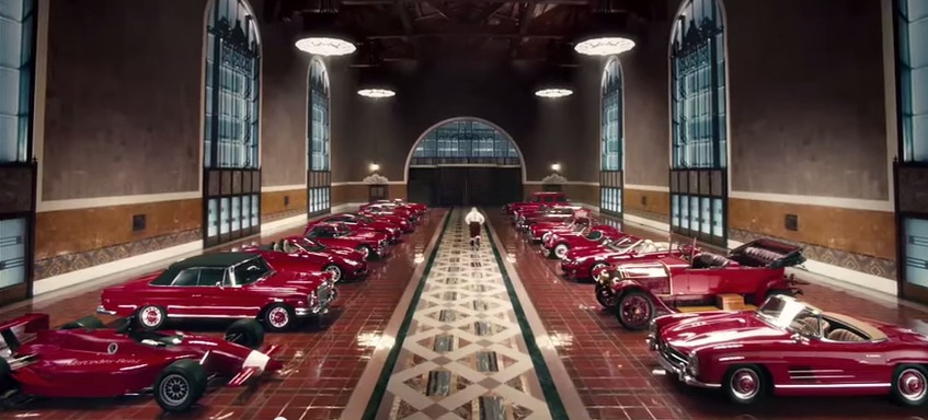 Mercedes benz christmas ads a brief history for Mercedes benz winter event commercial