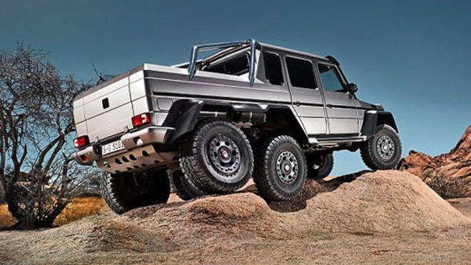 Jeep Dealer Chicago >> Ready. Set. RUMBLE! The Mercedes-Benz G63 AMG® 6x6 - Loeber Motors