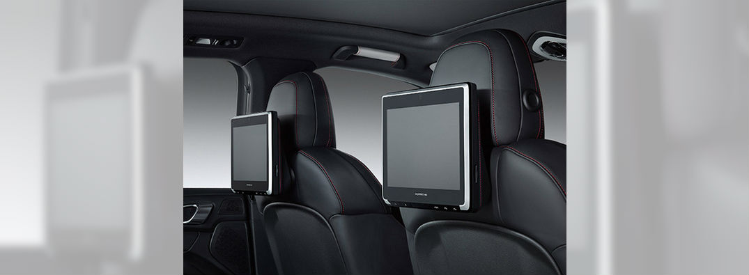 Porsche New Rear Seat Entertainment System 2015