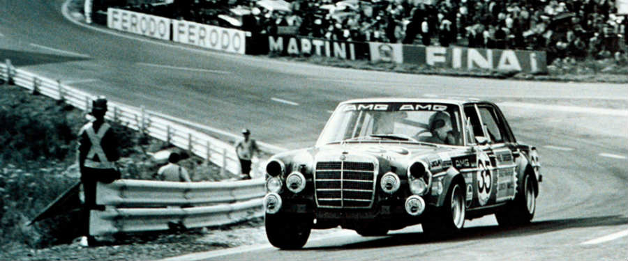 The 300SEL 6.8 AMG is descendant of the 300SEL 6.3, shown here racing