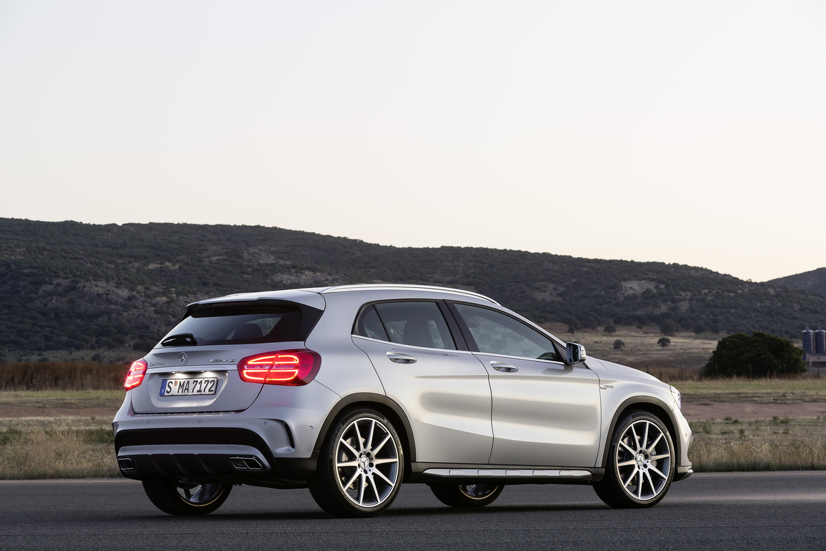 2016 mercedes benz gla release date. Black Bedroom Furniture Sets. Home Design Ideas