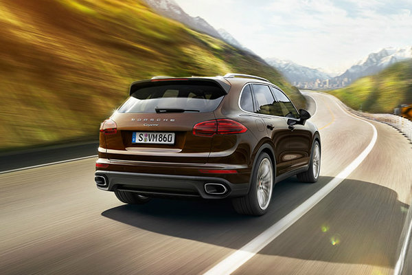 Powerful engine in 2016 Cayenne offers fast ride