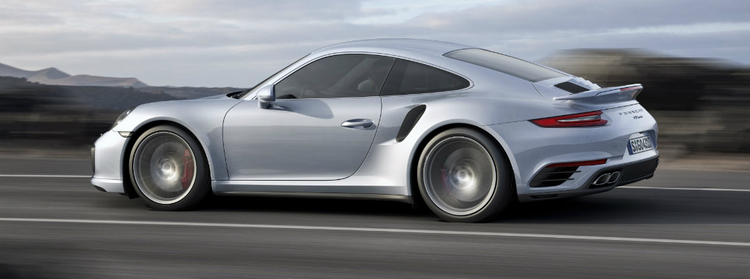 How fast is the 2017 Porsche 911 Turbo