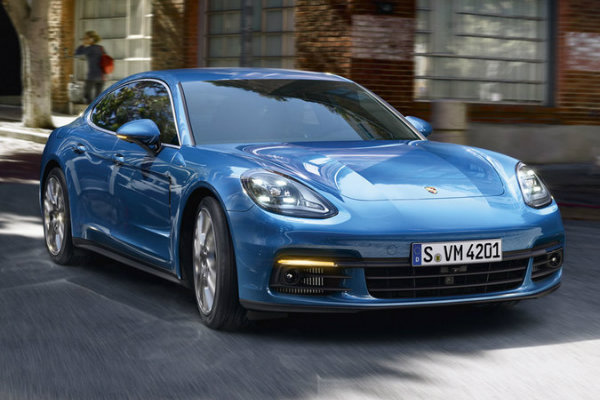 2017 porsche panamera engine options. Black Bedroom Furniture Sets. Home Design Ideas