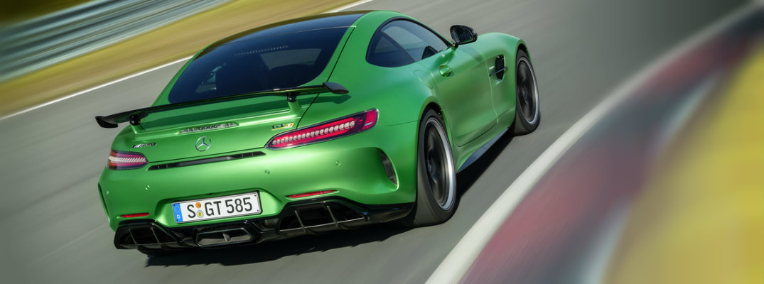 Unique Active Rear Axle Steering Improves Handling in new AMG GT Models