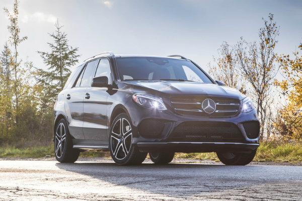 2017 Mercedes-AMG GLE43 Sporty AMG Body Styling