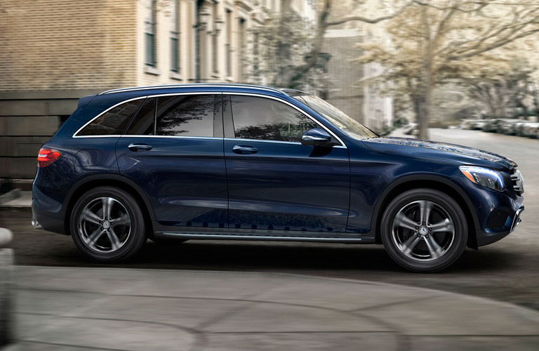 New 2017 mercedes benz for sale in chicago il for Mercedes benz dealerships in chicago area