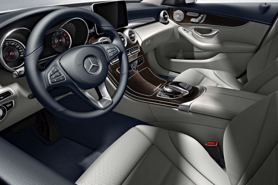 2018 mercedes-benz c 350e c-class sedan interior showing steering wheel infotainment and console near chicago il_o