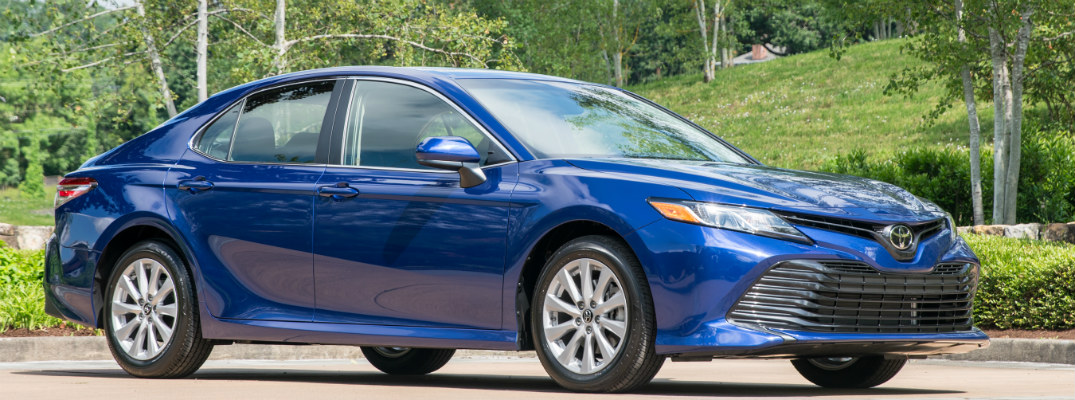How fuel efficient is the 2018 Toyota Camry?