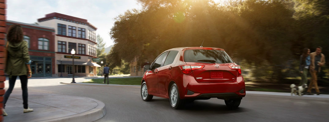 What is the driving range for the 2018 Toyota Yaris