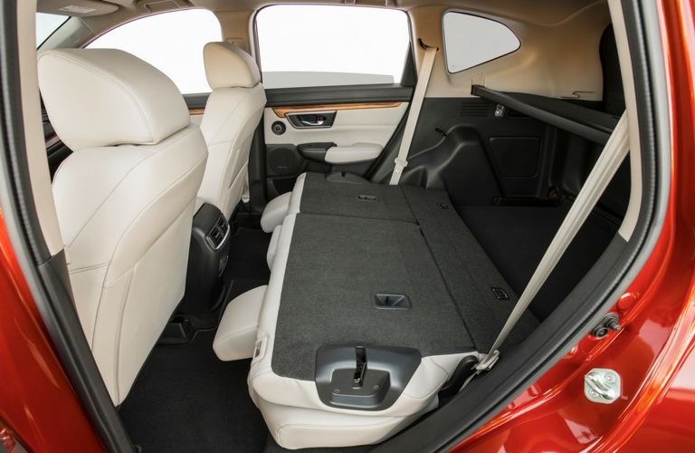 what comfort and convenience features does the 2018 honda cr v have. Black Bedroom Furniture Sets. Home Design Ideas