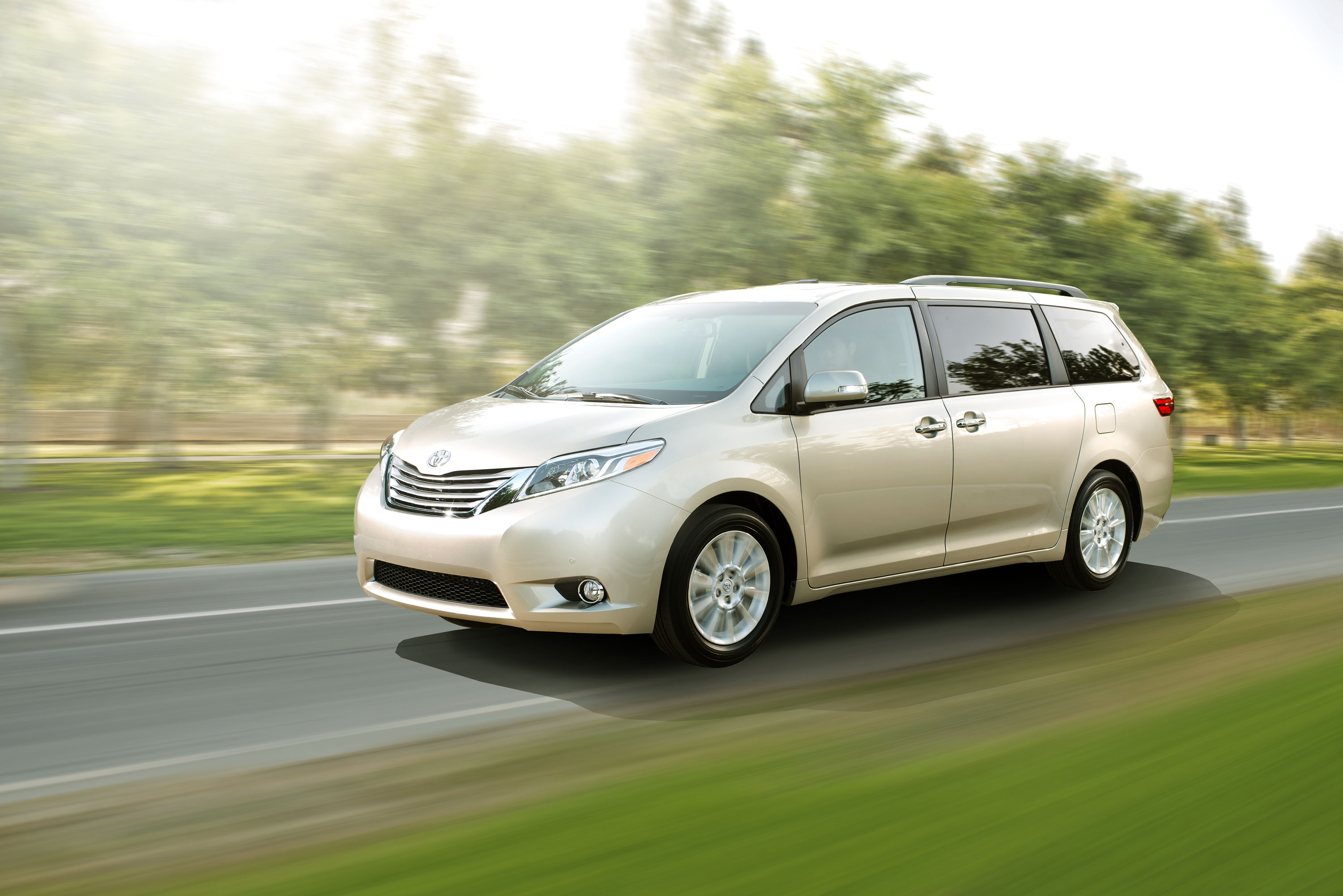 2015 Toyota Sienna New Features