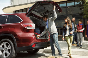 2016 Toyota Highlander Le V6 >> How much can the 2016 Toyota Highlander Tow?