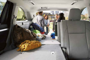 how much can the 2016 toyota highlander tow. Black Bedroom Furniture Sets. Home Design Ideas