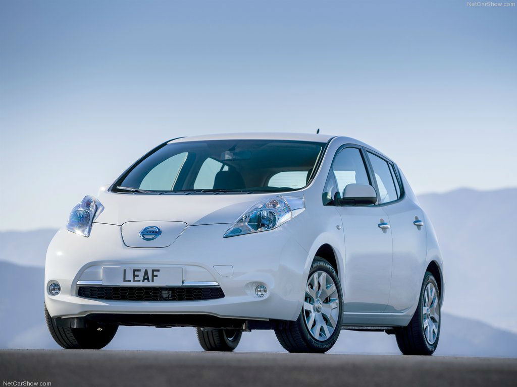 test drive a nissan leaf in dayton. Black Bedroom Furniture Sets. Home Design Ideas