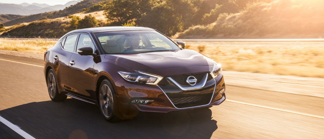new 2016 nissan maxima earns 5 star safety rating. Black Bedroom Furniture Sets. Home Design Ideas