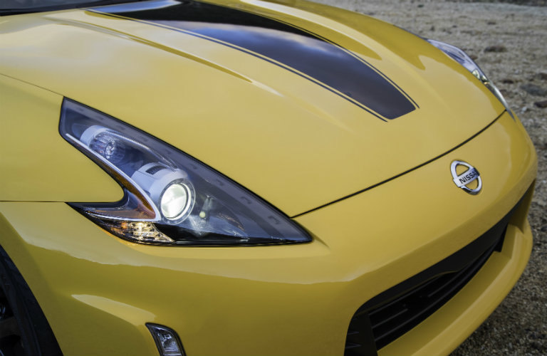 2018 Nissan 370Z Heritage Edition LED headlights