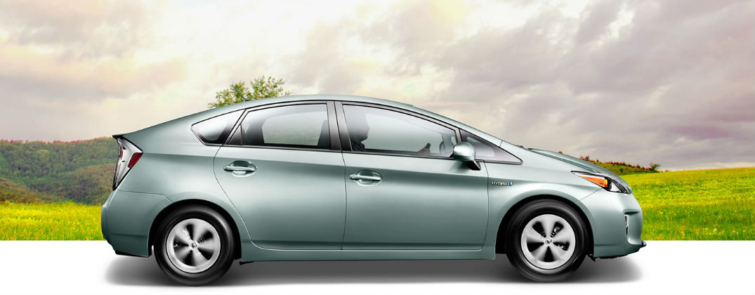 how does the toyota prius solar roof feature work rh jpauleytoyota com Toyota Prius Panoramic Sunroof Toyota Prius Panoramic Sunroof