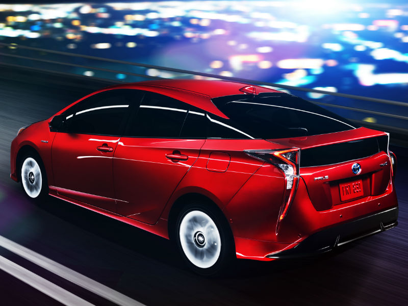 Official 2016 Toyota Prius Design Features